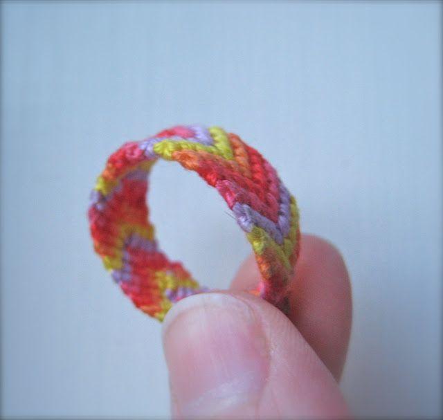 How cute.. friendship ring using friendship bracelet patterns