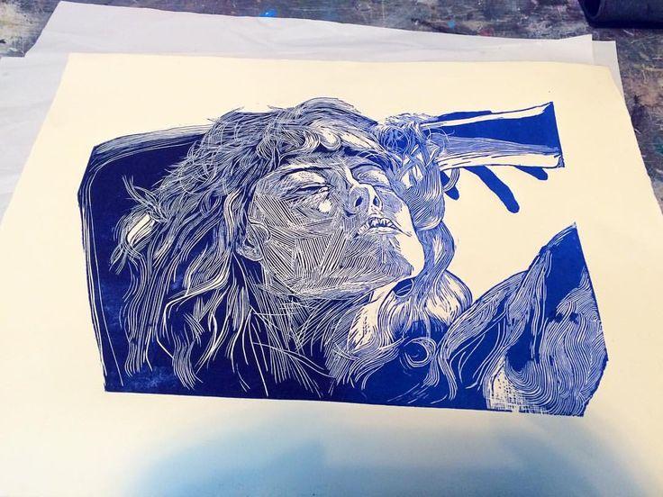 #printing #blue #linocut #lincotus #grabado #azul #woman #mujer #linocuting #linoleum