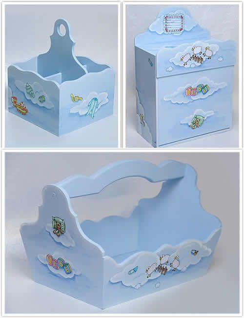 Aprenda como pintar um conjunto para quarto de bebê para a decoração de quarto do bebê ficar mais personalizada. A dica de hoje é de pintura em MDF e você vai aprender passo a passo como decorar um Kit para quarto de bebê.