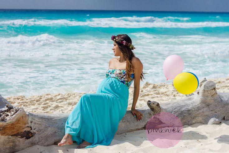 Gloria & Daniel tuvieron su sesión de fotos el pasado jueves en Cancún. Apenas tienen 5 meses de embarazo de unos gemelitos, niña y niño, no...