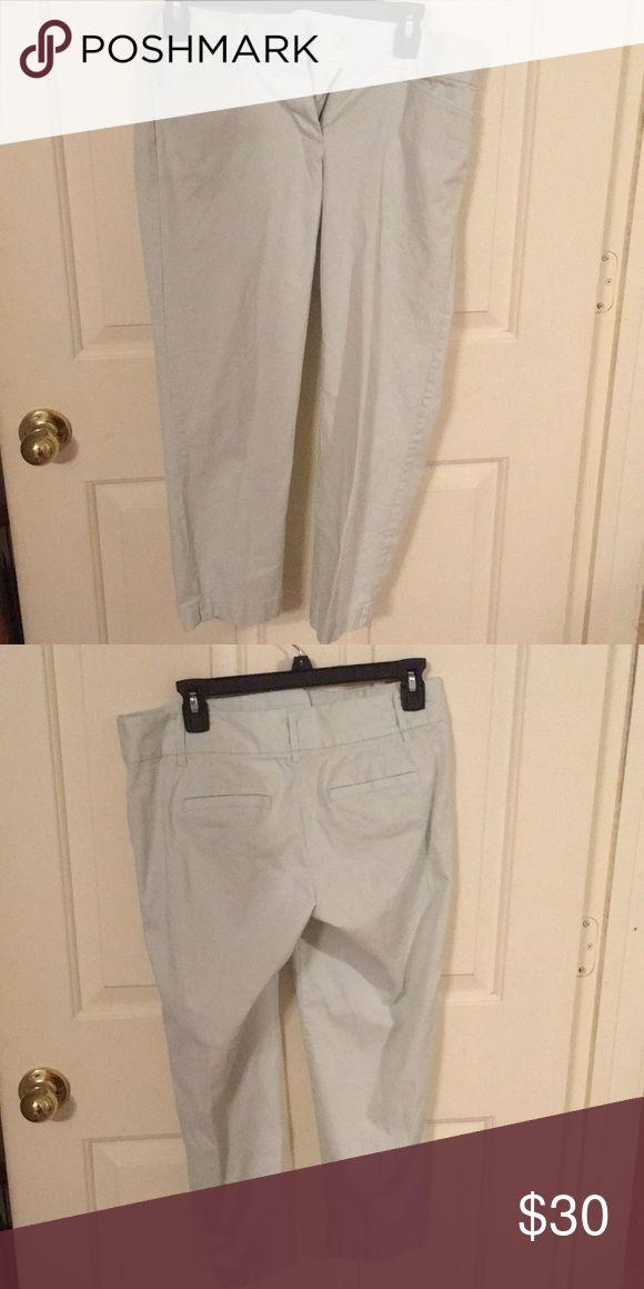 Light mint capris Light mint color. Double button. Pockets in the front and back 97% cotton 3% spandex LOFT Pants Capris