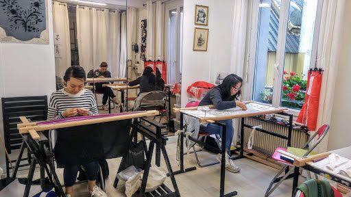フランス 留学 費用 アート刺繍のアト
