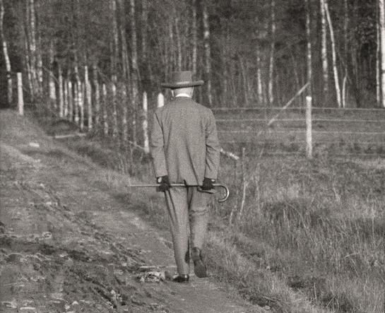 Jean Sibelius - Cover photo from the book Jean Sibelius at Home ©JB