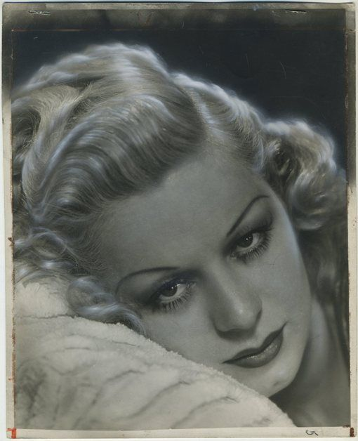 Mary Dees, the extra and stand-in who filled in for Jean Harlow after Harlow's tragic death during the filming of Saratoga - Biography: http://immortalephemera.com/17054/mary-dees-jean-harlow-stand-in/