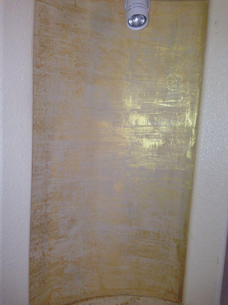 Metallic Venetian Plaster   Venetian plaster + metallic paint.