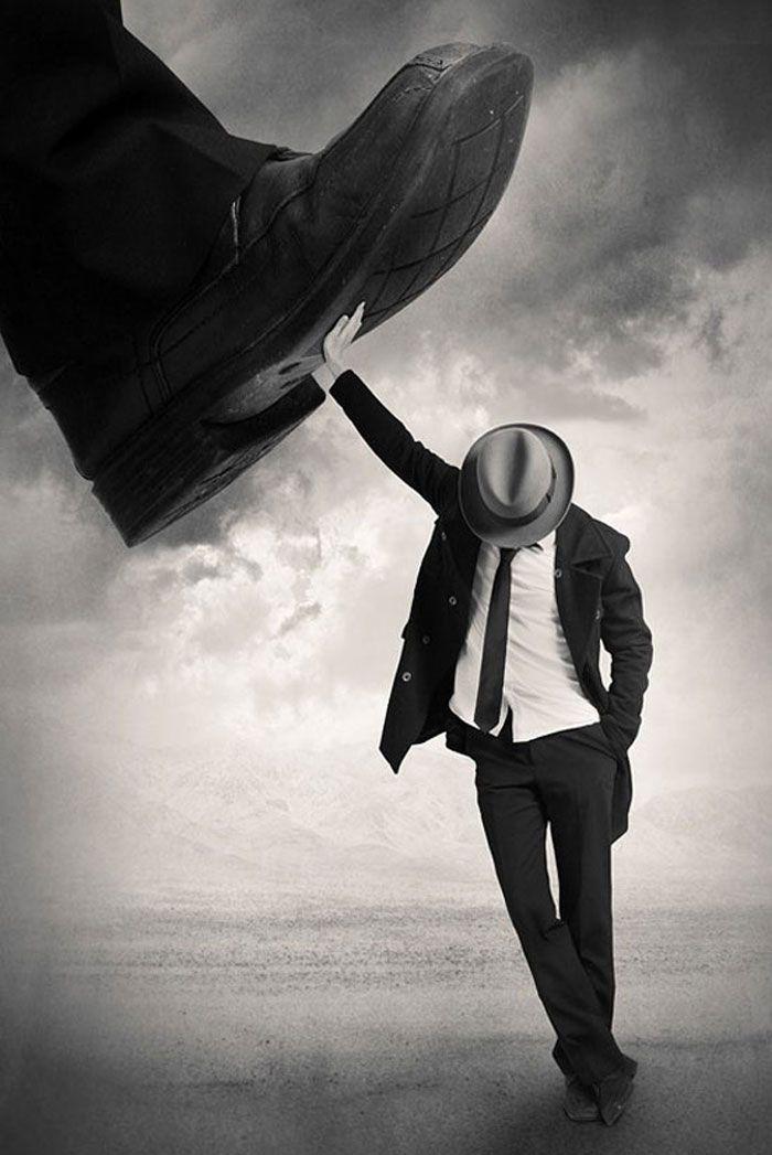 Aún de pie: Manipulación foto creativa   -   Still Standing: Creative photo manipulation