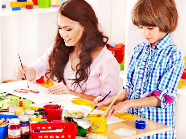Cara Menumbuhkan Kreativitas Bagi Orang Tua #GaleriAkal Untuk berbagi ide dan kreasi seru si Kecil lainnya, yuk kunjungi website Galeri Akal di www.galeriakal.com Mam!