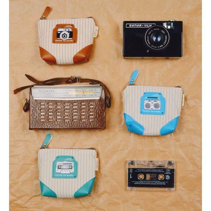 Vintage inspiration!  Cute vintage-style purse collection with camera, radio and tape pattern.  #szputnyikshop #szputnyik #budapest #bags #wallet #antique