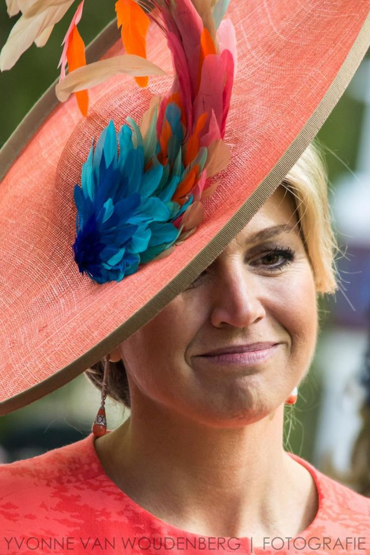 Koningin Máxima en koningin Mathilde openen Vormidable   ModekoninginMaxima.nl