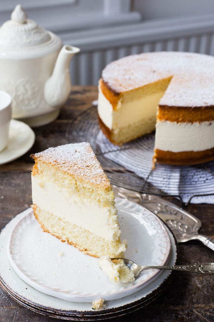 This Thermomix Kaesesahne is one of the fluffiest and classic German cakes that is so easy to prepare. The recipe teaches you the technique of genoise.