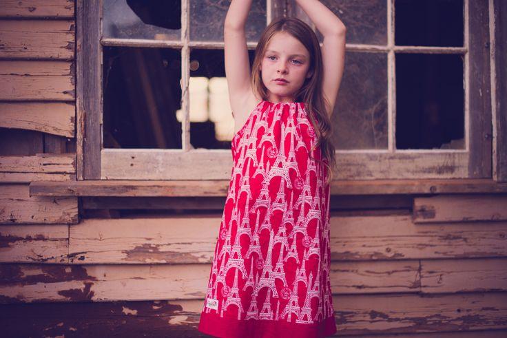 Seaside dress in red