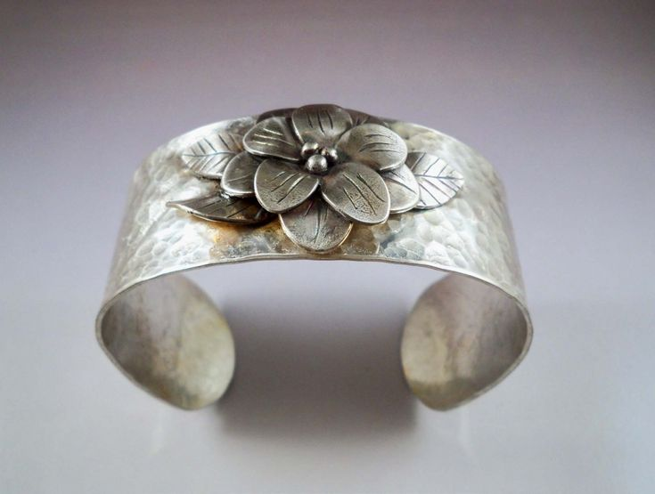 Graceful Petals- Incorporate metal clay into traditional metal working with soldering by CANDACE STEPPES