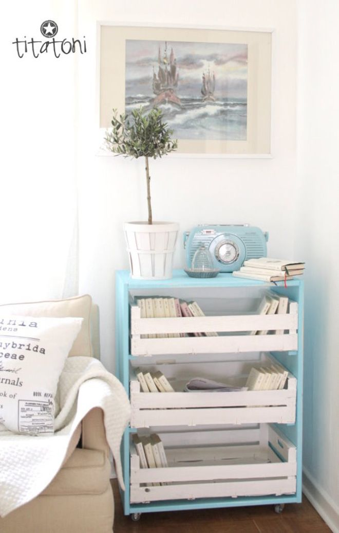 Time to up-cycle: DIY chest of drawers out of apple crates