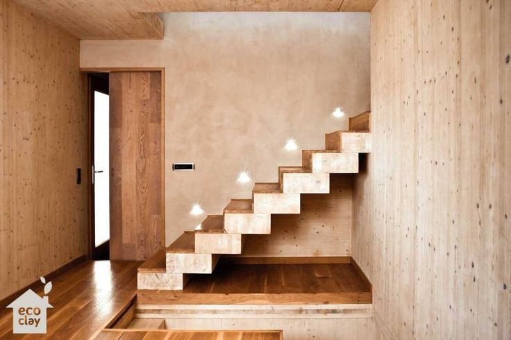 Wandputz, Ziegel, Backsteine & Keramik verschönern Haus und Inneneinrichtung. Es gibts aber noch mehr Möglichkeiten für den Einsatz von Lehm. Lest selbst!