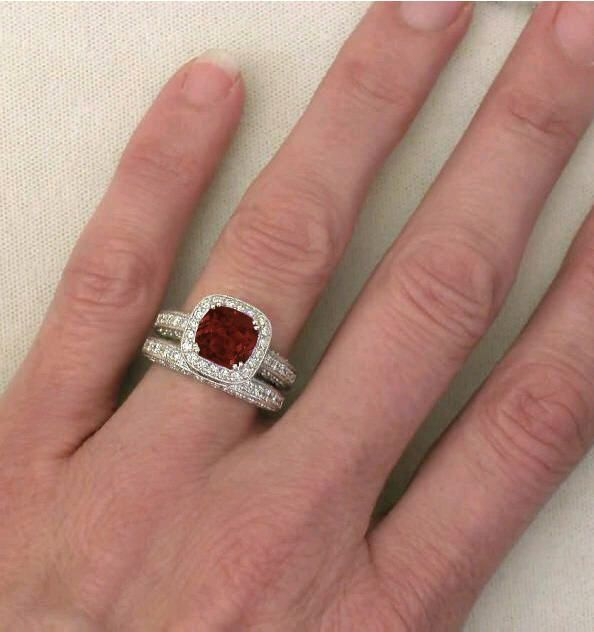 Garnet Ring Bands: Best 25+ Garnet Engagement Rings Ideas On Pinterest