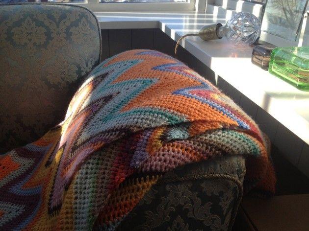 Håndarbeiden » Hekle ditt eget «Missoni»-teppe - hekling - teppe - restegarn - craft - DIY - crochet - blanket - Missoni -