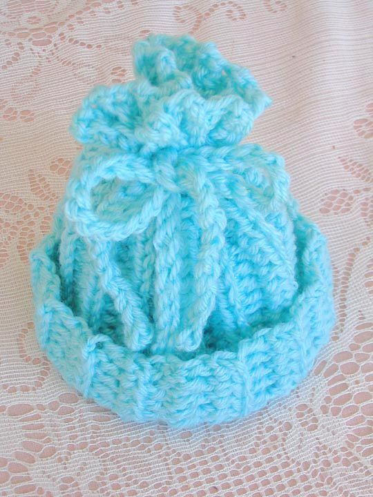 Ravelry: Rib-look Newborn Cap by Kathy North