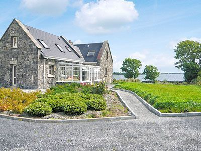 Sarsfield Cottage20in County Galway
