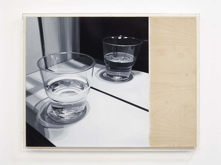 <p>James+White+black+and+white+paintings+depict+everyday+scenes+and+objects,+such+as+plastic+water+bottles,+keys,+lamps+and+a+series+of+open+lockers.+These+everyday+scenarios+in+anonymous+locations+create+psychic+spaces+charged+by+the+viewer's+contemplative+state+of+mind.+Armed+with+a+realism+White's+hypnotic+paintings+possess+a+…</p>