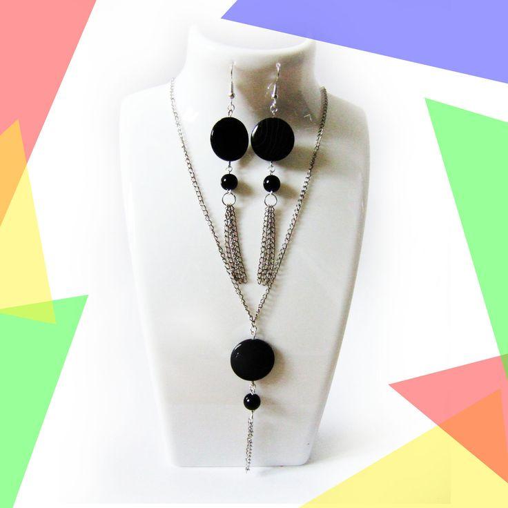 parure collier + boucles d'oreilles, perle plate noire et chaînes argentées : Parure par melelo-bijoux
