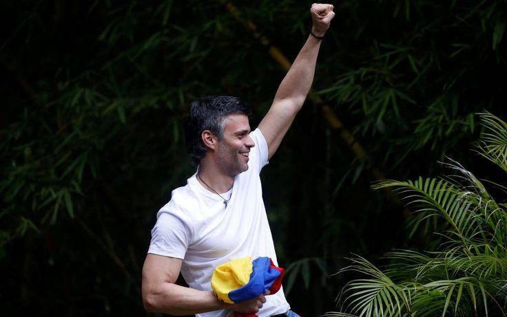 Sale de la cárcel Leopoldo López, preso político emblemático del chavismo, y pasa a arresto domiciliario; Lucharé hasta lograr la libertad de Venezuela, asegura | El Puntero