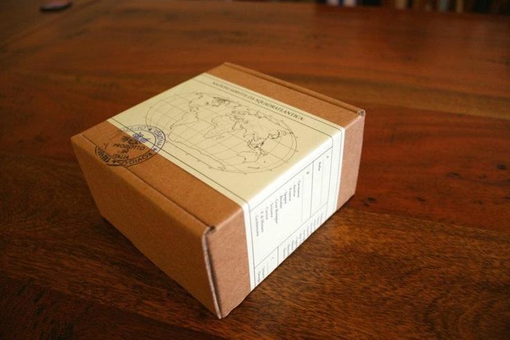 accessories packaging  -------------------------------  confezione accessori