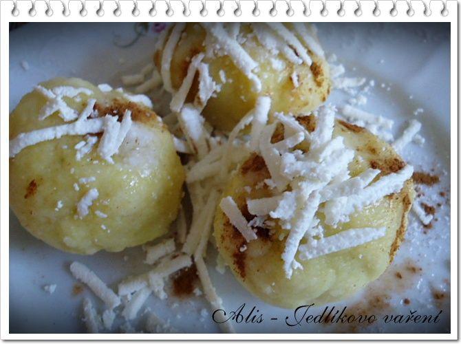 Jedlíkovo vaření: Bramborové knedlíky se švestkami