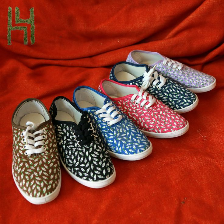 Spot Colorful Canvas upper women running shoes walking style