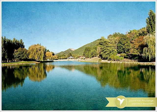 Le lac | Digne-les-Bains by solo-graphique, via Flickr