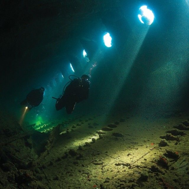 In World War II the Red Sea was an important route linking Europe to British colonies such as India. On the day Italy declared war on Britain the Umbria was sunk just over 20 miles from Port Sudan. It was an Italian cargo ship headed for the Italian colony of Eritrea. The 153m long wreck...