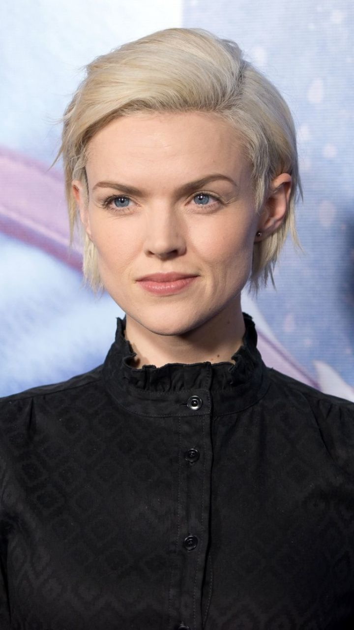 720x1280 Wallpaper Erin Richards Welsh Actress Short Hair