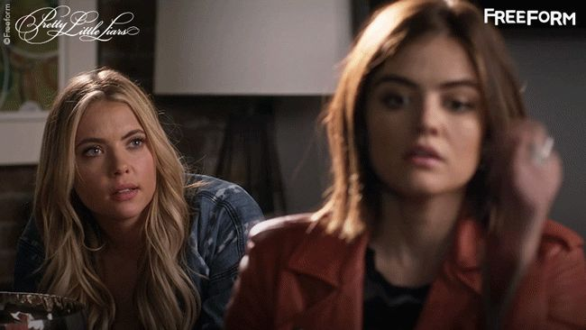 Pretty Little Liars - 10 Things That Only Happen When You Have A Totally Sassy BFF! - 1003