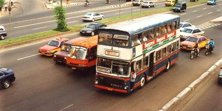 Bis tingkat, Jakarta 1984