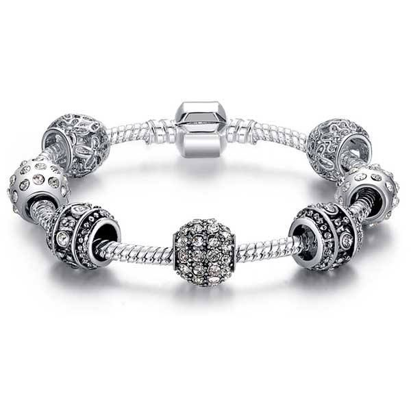 Spotlight On: F&W Charm Bracelet. Charm bracelets have become a new modern classic, and this one is no exception. #figandwattle #charm #pandora #pandoracharm #bracelet https://figandwattle.com.au/products/charm-bracelet