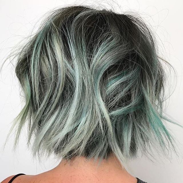 Want the formula for this beautiful Pulp Riot creation by @erin.boha_hair?  Check it out on the @behindthechair_com website at behindthechair.com/how-tos/chocolate-chip-mint/