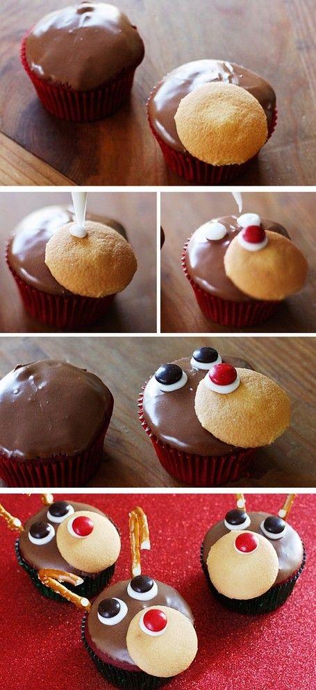 DIY Christmas Reindeer Cupcakes For Kids #christmas #reindeer #cupcake www.loveitsomuch.com