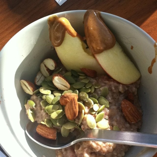 Day 6- steel cut oats with cinnamon,hemp seeds and flax, berries, raw pumpkin seeds, rehydrated almonds and sliced apple with almond butter. Coffee with almond milk.