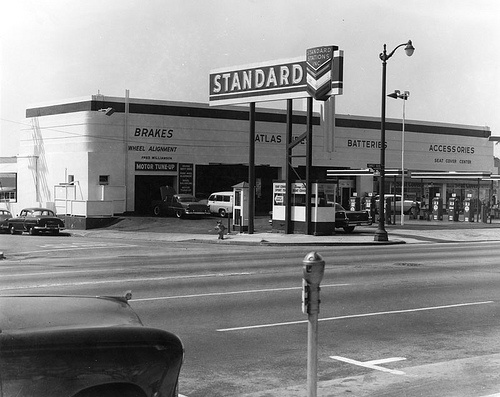 Gas Companies In Georgia >> 125 best images about Vintage Gas Stations on Pinterest ...