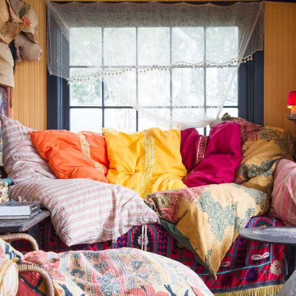 The East Hampton designer Lorraine Kirke is attracted to throw beds.