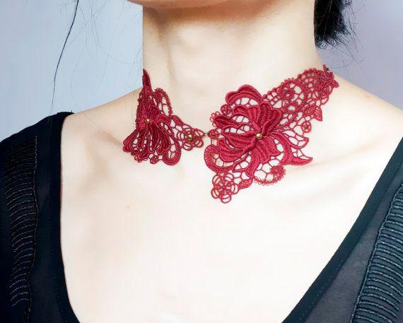 VENTE gothique dentelle rouge foncé tour de cou par LaceFancy