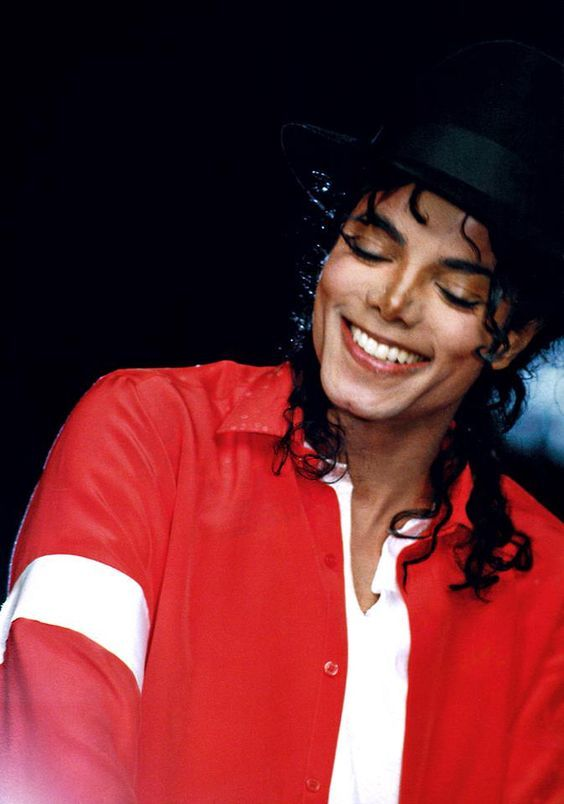 That Smile! You give me butterflies inside Michael... ღ by ⊰@carlamartinsmj⊱