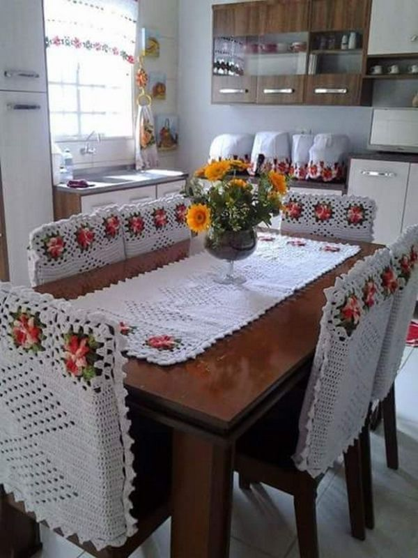 Crochet Table Runner Patterns & Designs   1001 Crochet by 1001crochet
