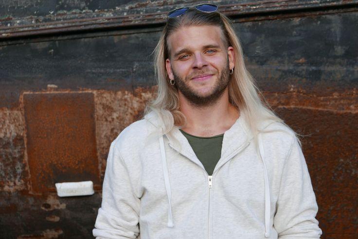 Christian Eriksson – sångare i Twilight Force   Dalfolk