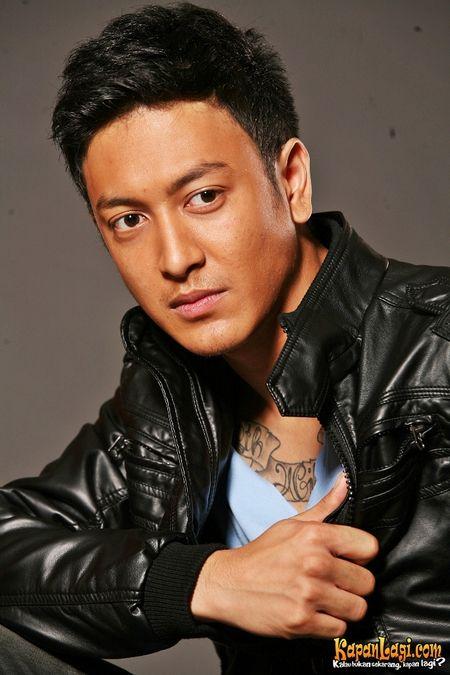 Dimas Anggara with serious expression. #DimasAnggara #Dimas #Actor #Indonesian #IndonesianActor #Handsome #Manly #Gentleman #Macho