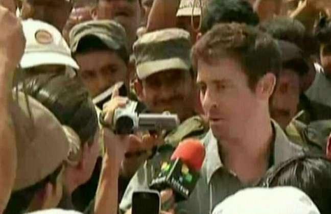 Ayer, Roméo Langlois fue liberado de las FARC, 31 días después de aclarar que se trataba de un corresponsal y no militar. Ver más en: http://www.elpopular.com.ec/53848-las-farc-libero-a-langlois.html?preview=true_id=53848_nonce=87f13b9991
