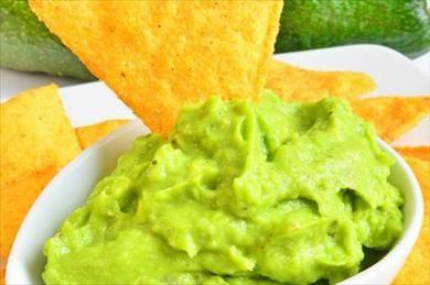 Artık mutfağımızın bir parçası olan avokado ile ekşi ve lezzetli bir sos hazırlayabilirsiniz.
