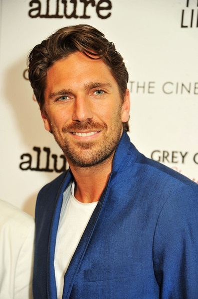 "Henrik Lundqvist - The Cinema Society With Linda Wells & Allure Host A Screening Of DreamWorks Studios' ""People Like Us"""