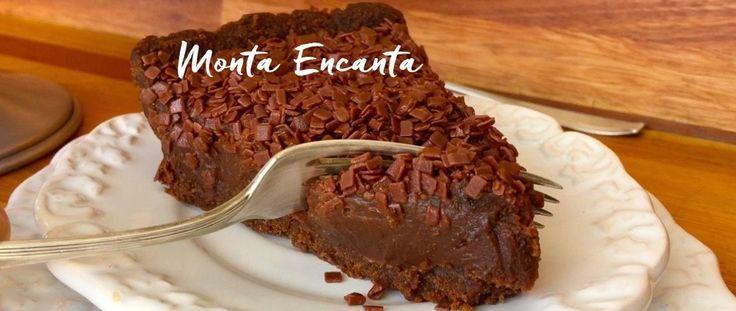 Torta de Brigadeiro, é uma daquelas sobremesas coringas, bem rapidinha de fazer e para lá de deliciosa. Brigadeiro Gourmet e massa amanteigada!