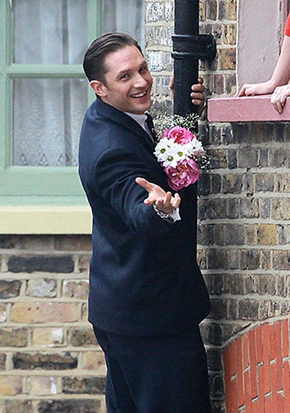 Tom Hardy, oh my gawsh it's like he's smiling directly at me!! :D ♡