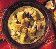 Korma de #poulet | http://selection.readersdigest.ca/cuisine/cuisiner/10-recettes-de-poulet?id=8